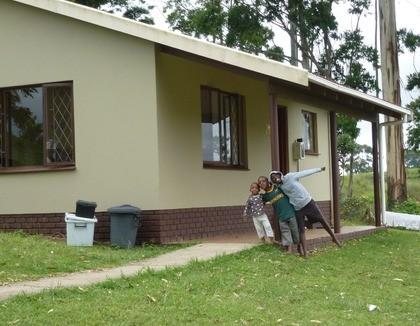 Blije kinderen in Port Shepstone, Zuid-Afrika