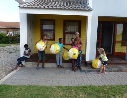Spelende kinderen in Jeffreys Bay